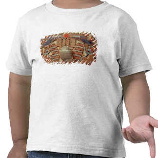 Pectoral decorated with the winged scarab shirts