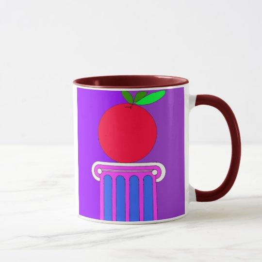 pedastal wih apple mug