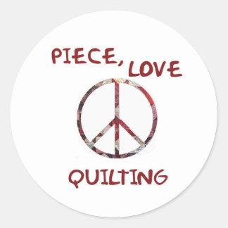 Pedazo, amor y el acolchar etiqueta redonda