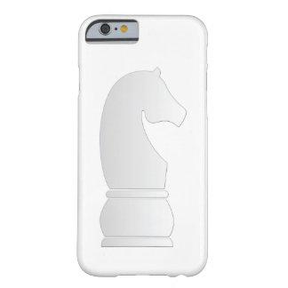 Pedazo de ajedrez del caballero blanco funda de iPhone 6 slim