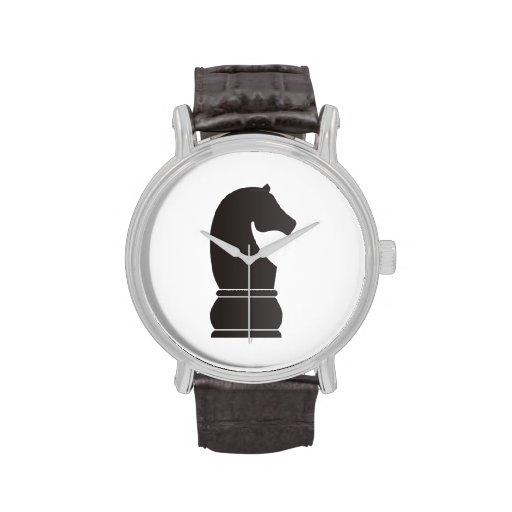 Pedazo de ajedrez del caballero negro relojes de pulsera