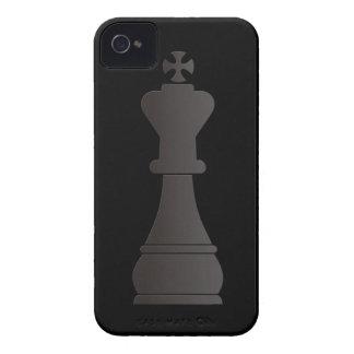 Pedazo de ajedrez negro del rey Case-Mate iPhone 4 funda