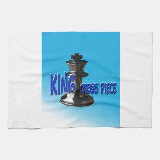 Pedazo del rey ajedrez con el fondo toallas de cocina