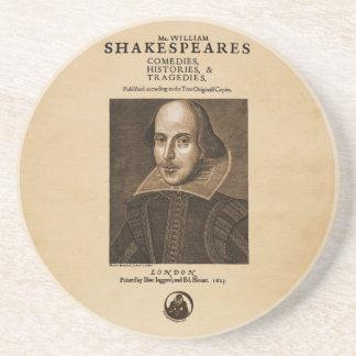 Pedazo delantero al primer folio de Shakespeare Posavasos Para Bebidas