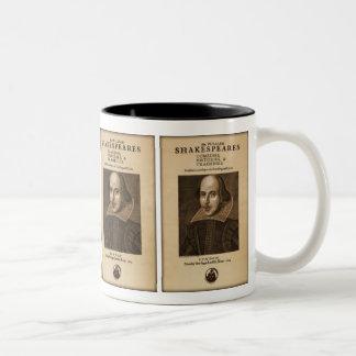 Pedazo delantero al primer folio de Shakespeare Taza De Dos Tonos