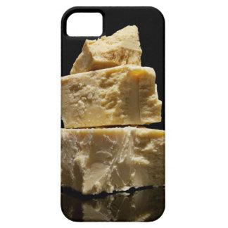 Pedazos apilados del queso de Parmasean iPhone 5 Carcasa