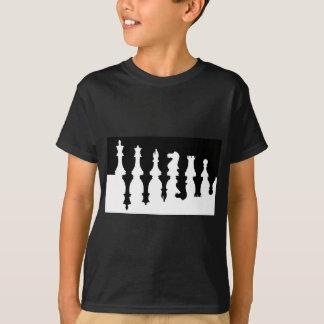 Pedazos de ajedrez negros y blancos playera