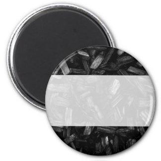 Pedazos de madera en blanco y negro. imán redondo 5 cm