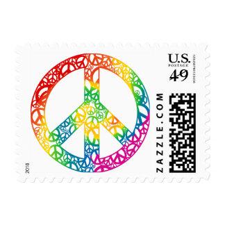 Pedazos del arco iris de paz estampilla
