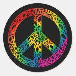 Pedazos del arco iris de paz pegatina redonda