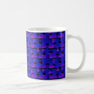 Pedazos del rompecabezas del anochecer taza