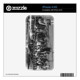Pedestrians 2 iPhone 4S skins