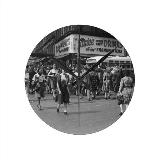 Pedestrians 2 round clocks
