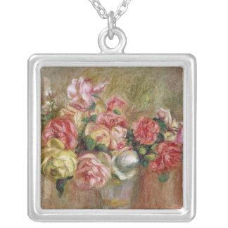 Pedro rosas de Renoir un | en un florero de Sevres Collar Plateado