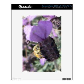 Peek-A-Bee Skin For NOOK