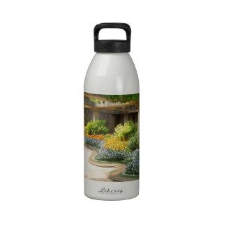 Peeking into the Garden Water Bottle