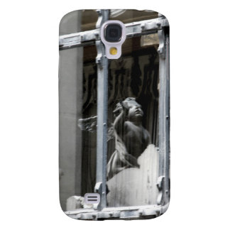 Peering Out Galaxy S4 Case