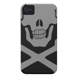 Peering Skull iPhone 4 Cover
