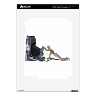 PeeringIntoVintageCamera072714 copy.png iPad 3 Decals