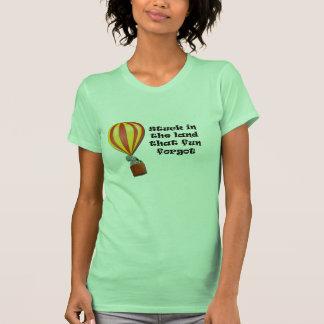 Pegado en la camiseta de la tierra
