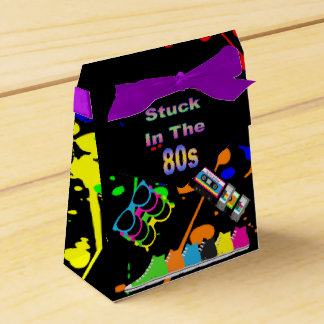 Pegado en los años 80 caja para regalos de fiestas