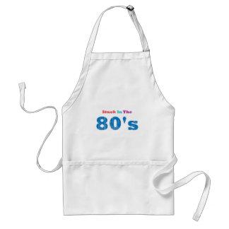 Pegado en los años 80 delantal