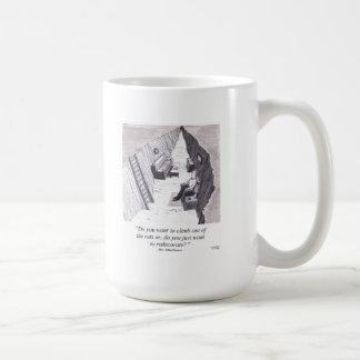 Pegado en una rodera taza de café