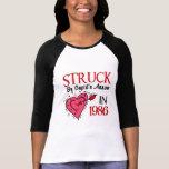 Pegado por la flecha del Cupid en 1986 Camisetas