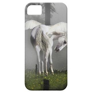 Pegaso blanco y arte brumoso de la fantasía del iPhone 5 funda
