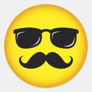 Pegatina amarillo incógnito del smiley del bigote