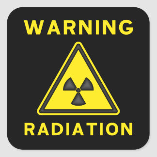 Pegatina amonestador de la radiación amarilla y