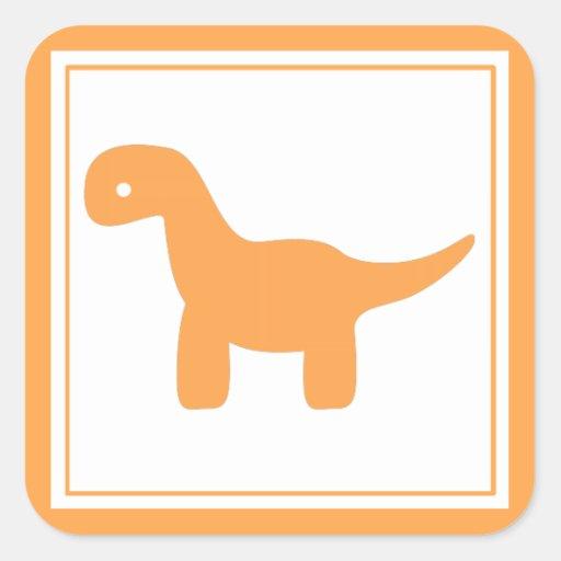 Pegatina anaranjado lindo del dinosaurio