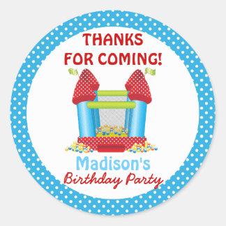 Pegatina animoso azul del favor del cumpleaños de