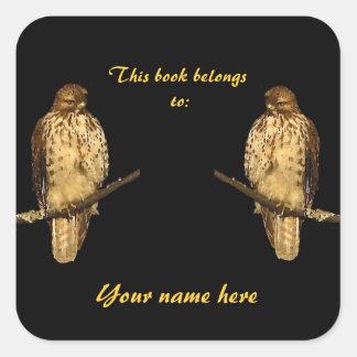 Pegatina atado rojo del Bookplate del halcón