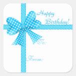 Pegatina azul de la etiqueta del regalo del arco y