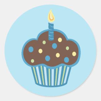 Pegatina azul de la magdalena del feliz cumpleaños