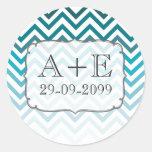Pegatina azul del monograma del boda de Ombre