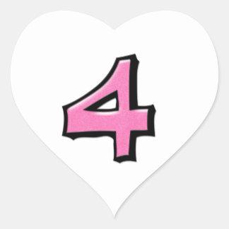 Pegatina blanco rosado del corazón del número 4