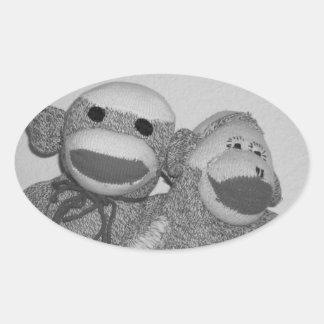 Pegatina blanco y negro de los amigos del mono del