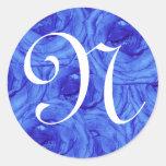 Pegatina color de rosa azul de la letra N del