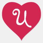 Pegatina con monograma del corazón del rojo rico