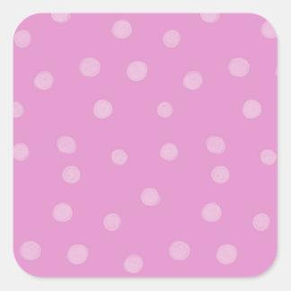 Pegatina cuadrado rosado pintado de los puntos