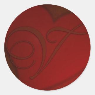 Pegatina de color rojo oscuro del monograma V del
