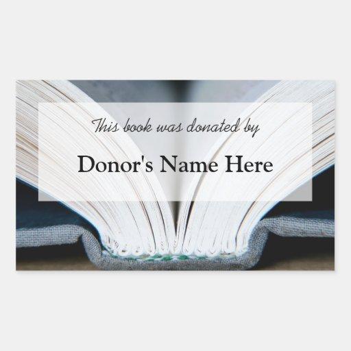 Pegatina de la donación del libro