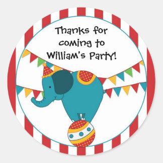 Pegatina de la fiesta de cumpleaños del elefante