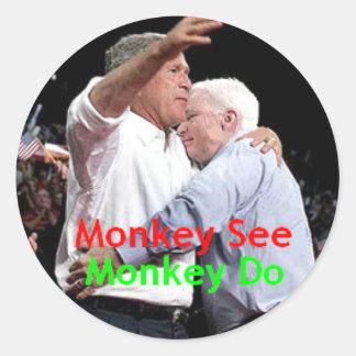 Pegatina del abrazo de McCain Bush