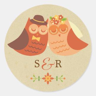 Pegatina del boda del búho de los Lovebirds