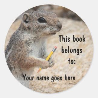 Pegatina del Bookplate del escritor de la ardilla