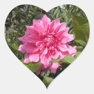 Pegatina del corazón de la flor