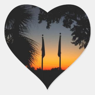 Pegatina del corazón de la puesta del sol